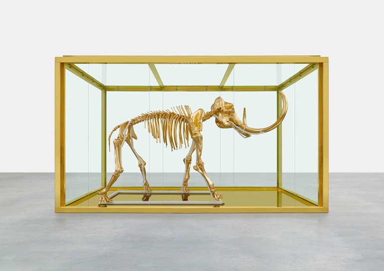 Damien Hirst, Gone but not forgotten, 2014. Foto door Prudence Cuming Associates © Damien Hirst and Science Ltd. All rights reserved, DACS 2014.