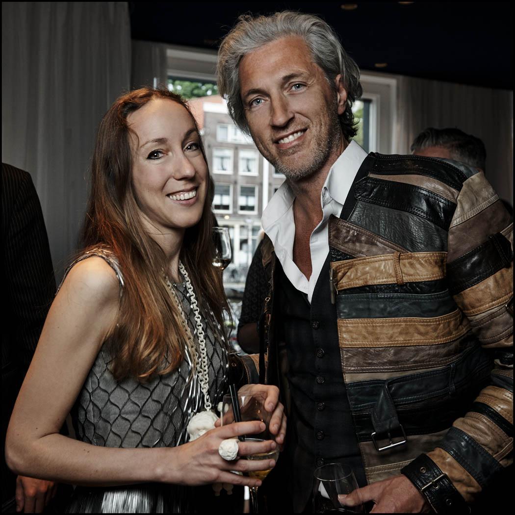 Iris van Herpen met Marcel Wanders. Foto Reinier RVDA