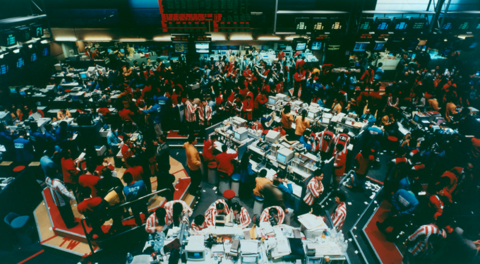 Andreas Gursky Singapore Stock Exchange (1997) Solomon R. Guggenheim Museum