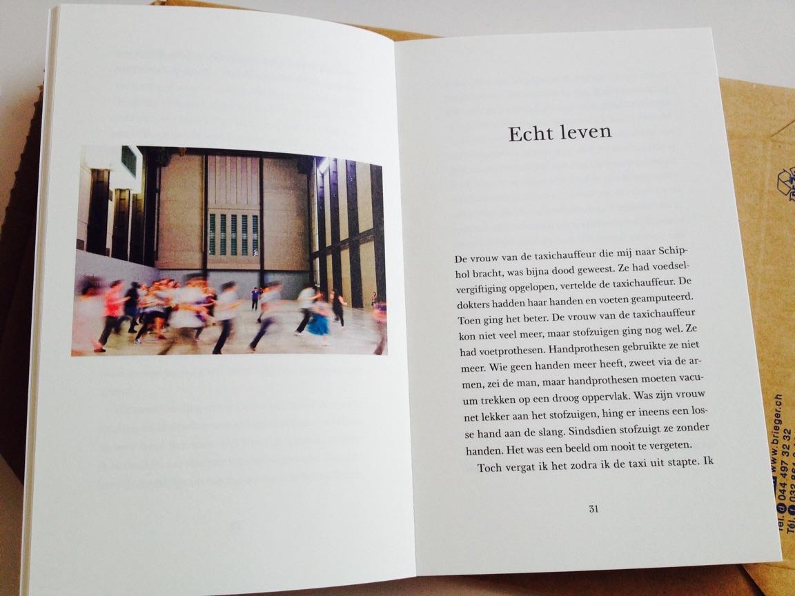 Merel Bem, Doorkijken, opengeslagen op pagina 30/31.